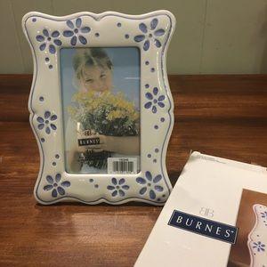 Daisy photo frame. Burnes of Boston